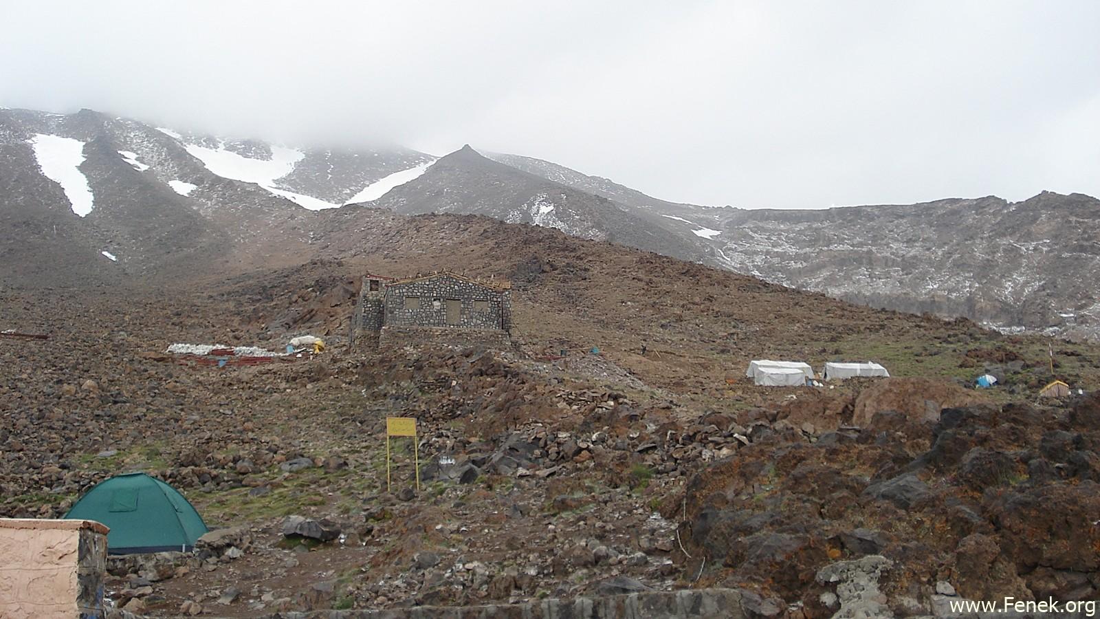 das Zeltlager auf 4'100m - die Hütte war im Bau und geschlossen