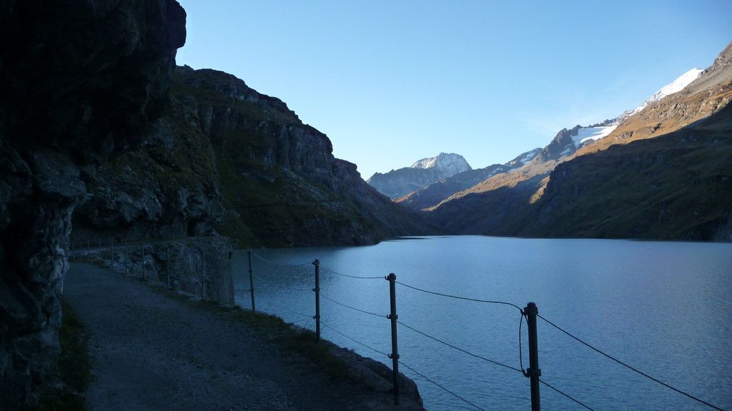 Morgenfrische am Lac de Mauvoisin