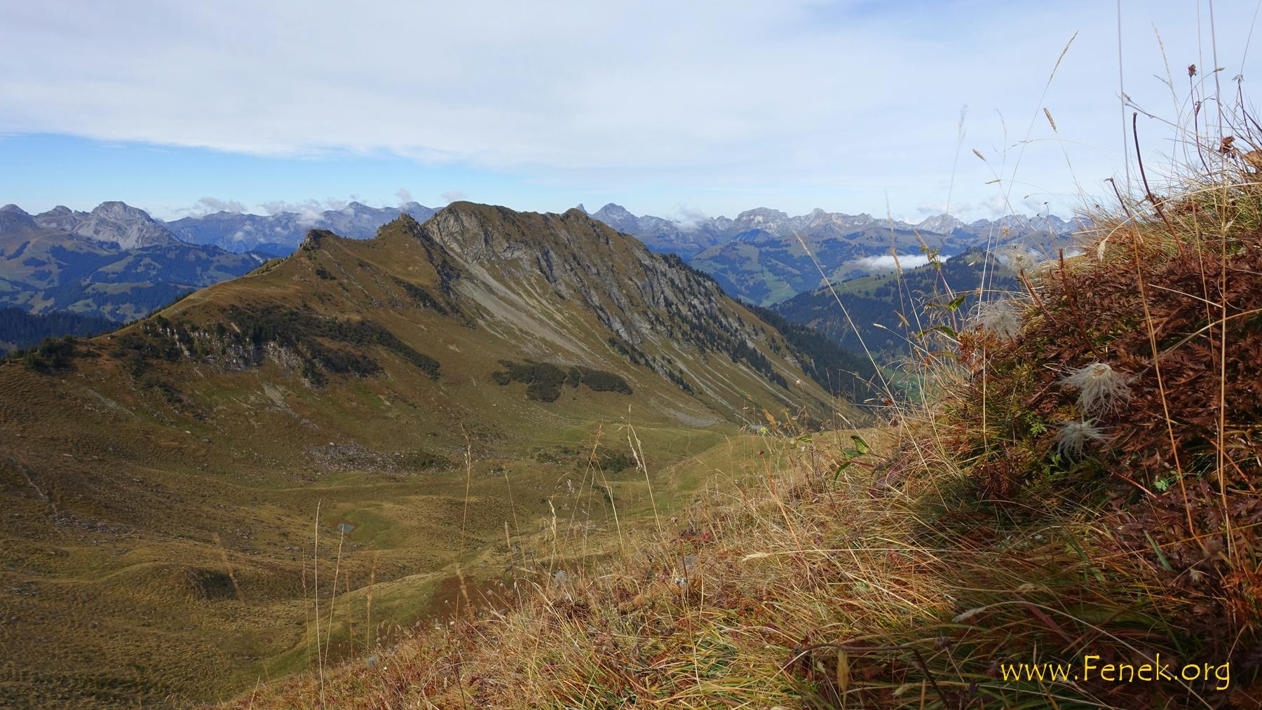 Gipfelaussicht zum Wasseregrat