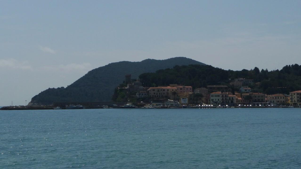 Monte Moro von Marina di Campo aus gesehen....