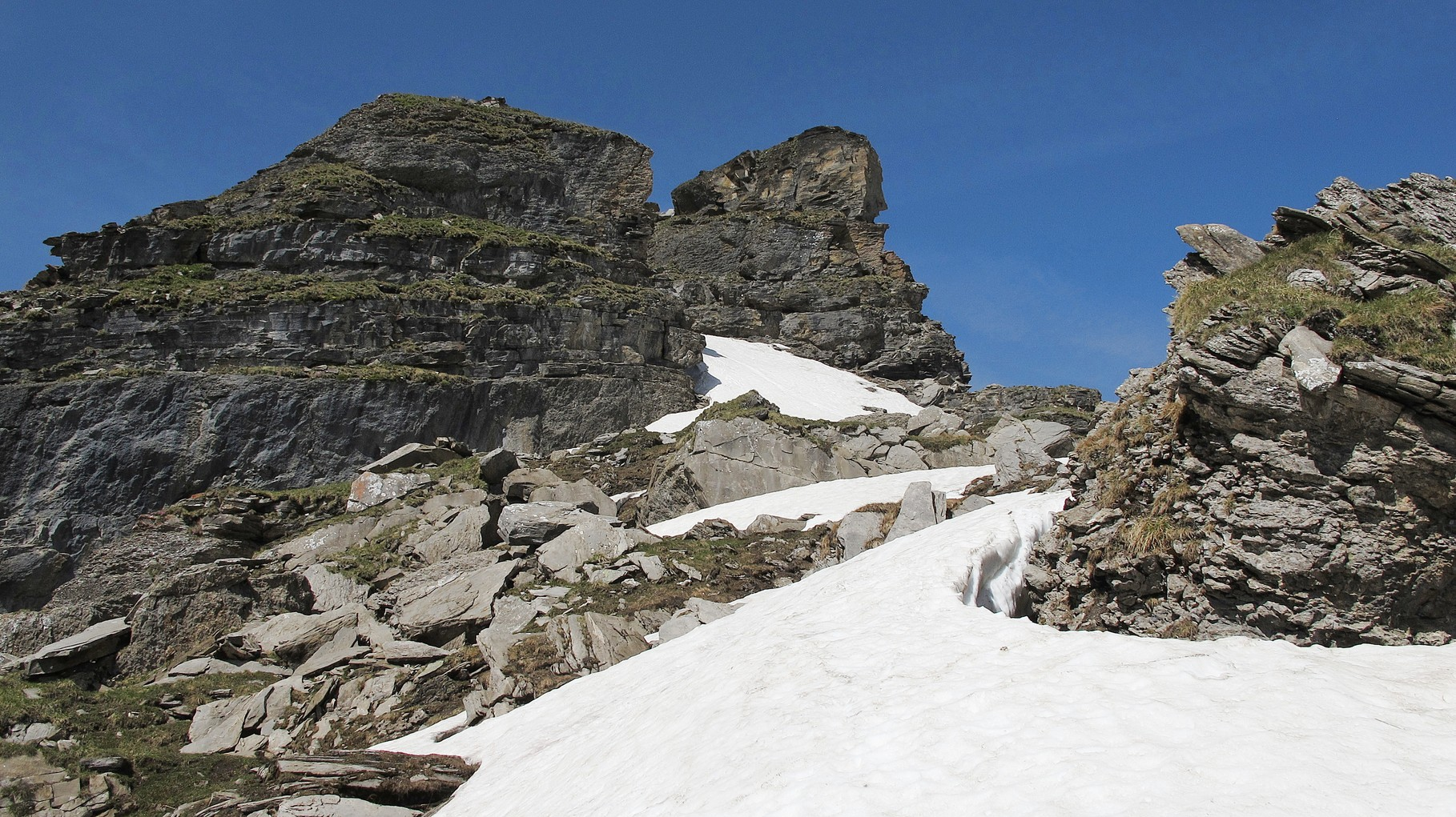 rechts der Gipfel