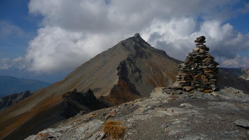 Sasseneire - ein wunderbarer Wanderdreitausender