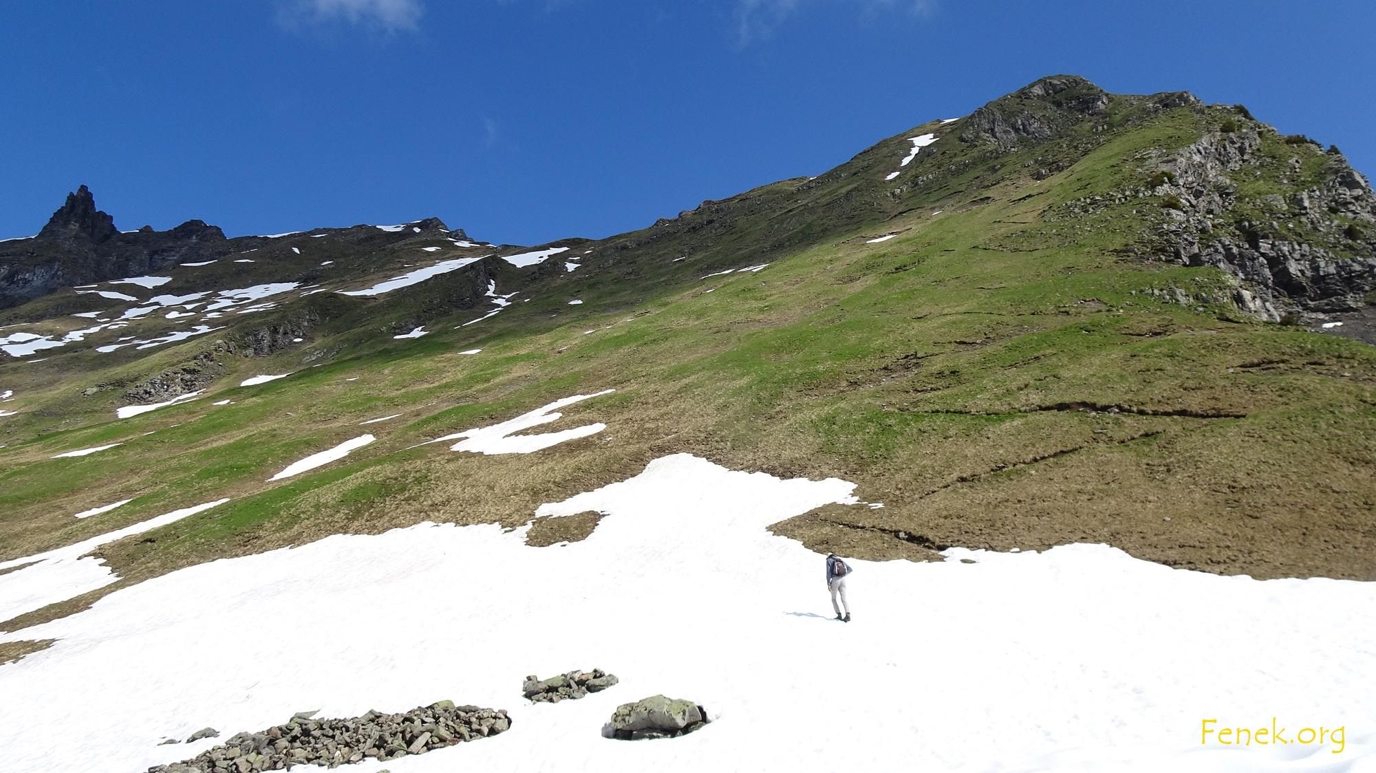 Start ins Abenteuer - alle drei Gipfel sind sichtbar