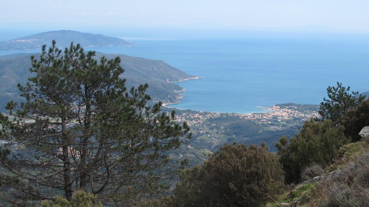 Ausblick nach Marina di Campo