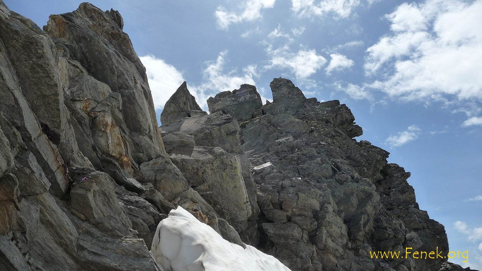 letzte Kraxelmeter zum Gipfel Pizzo Nero