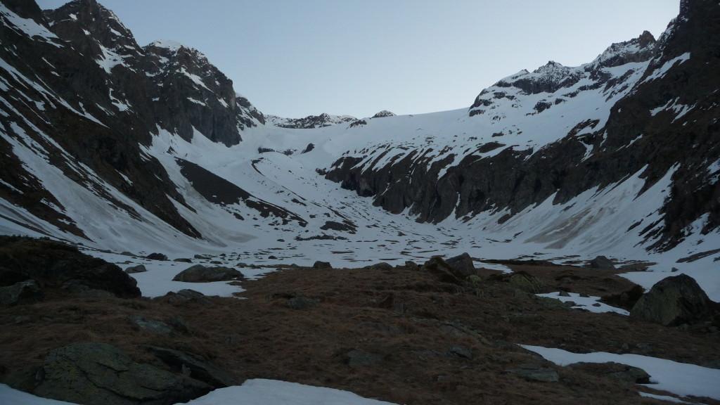 Chiemattubode - dann geht's hinauf über den Gletscher