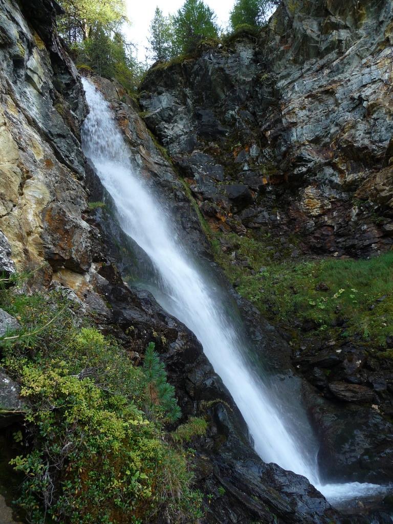 Wasserfall am Weg nach St-Luc