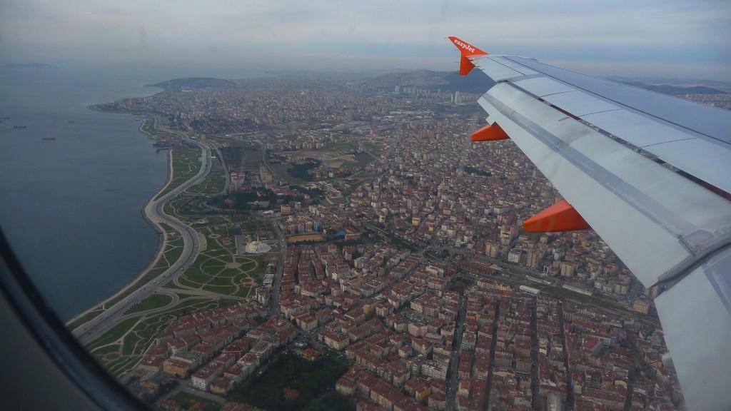Anflug über Istanbul