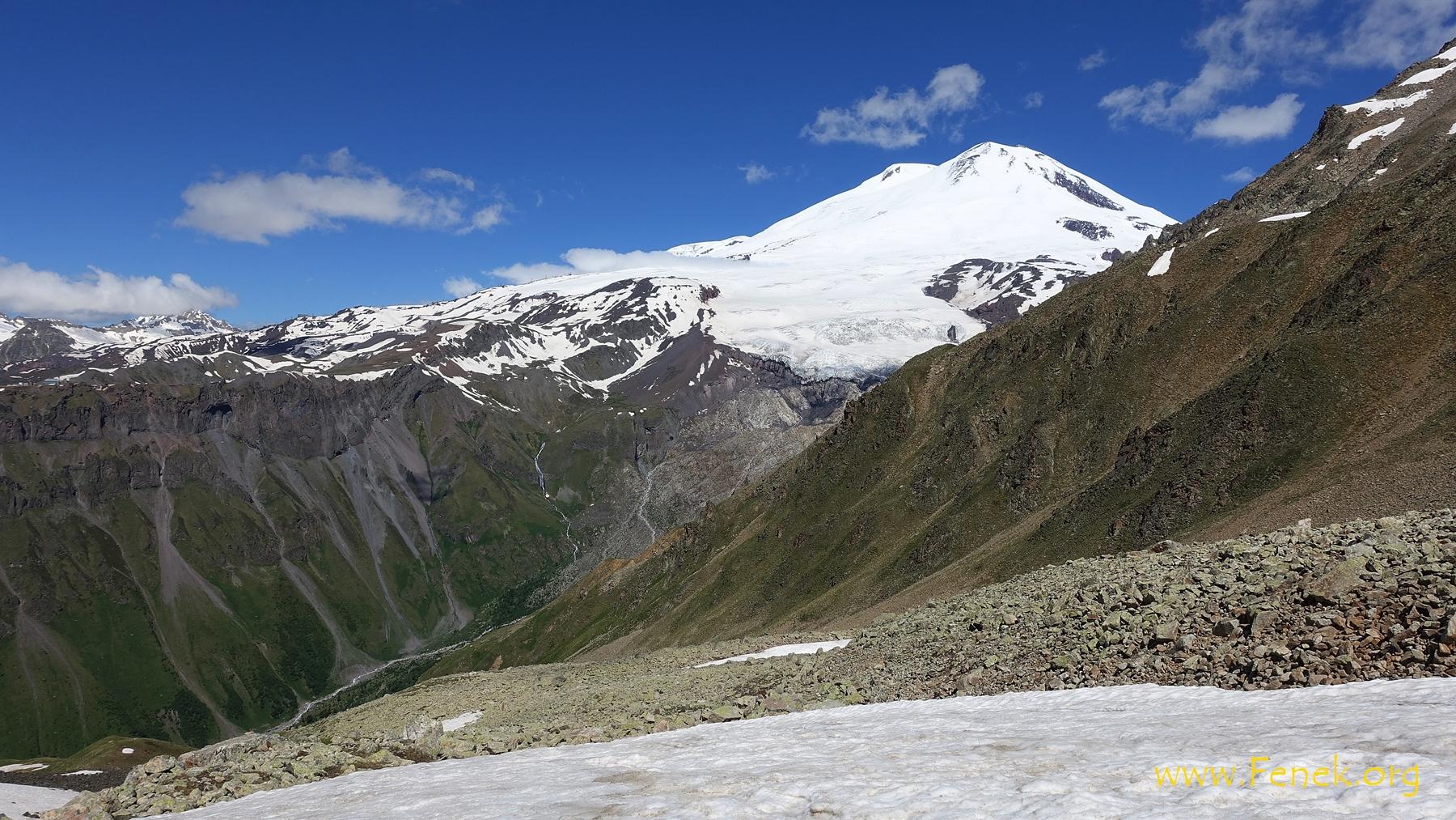 Blick zum Elbrus