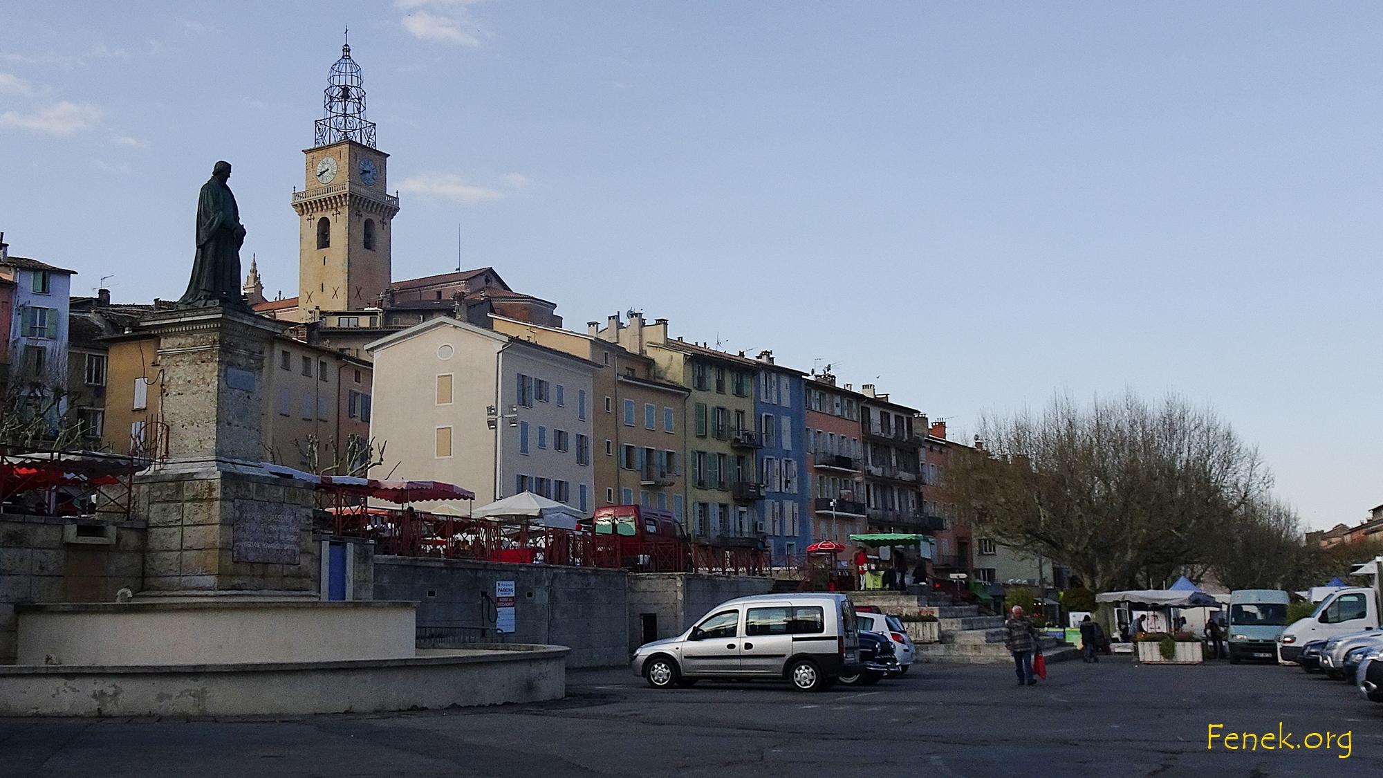 der Tag beginnt in Digne les Bains