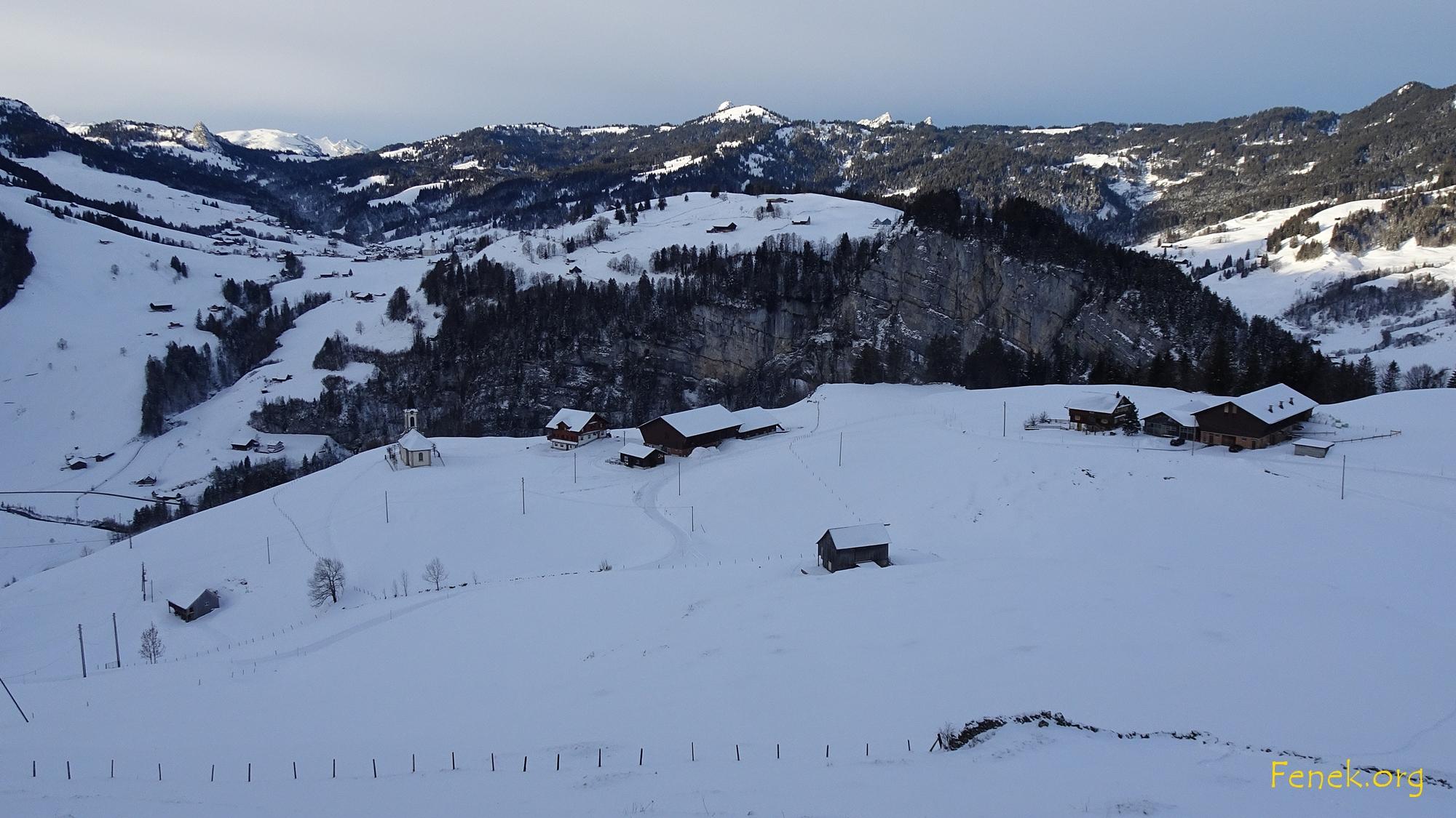Blick zu Ober Hirsch wo wir parkieren durften - Danke!!