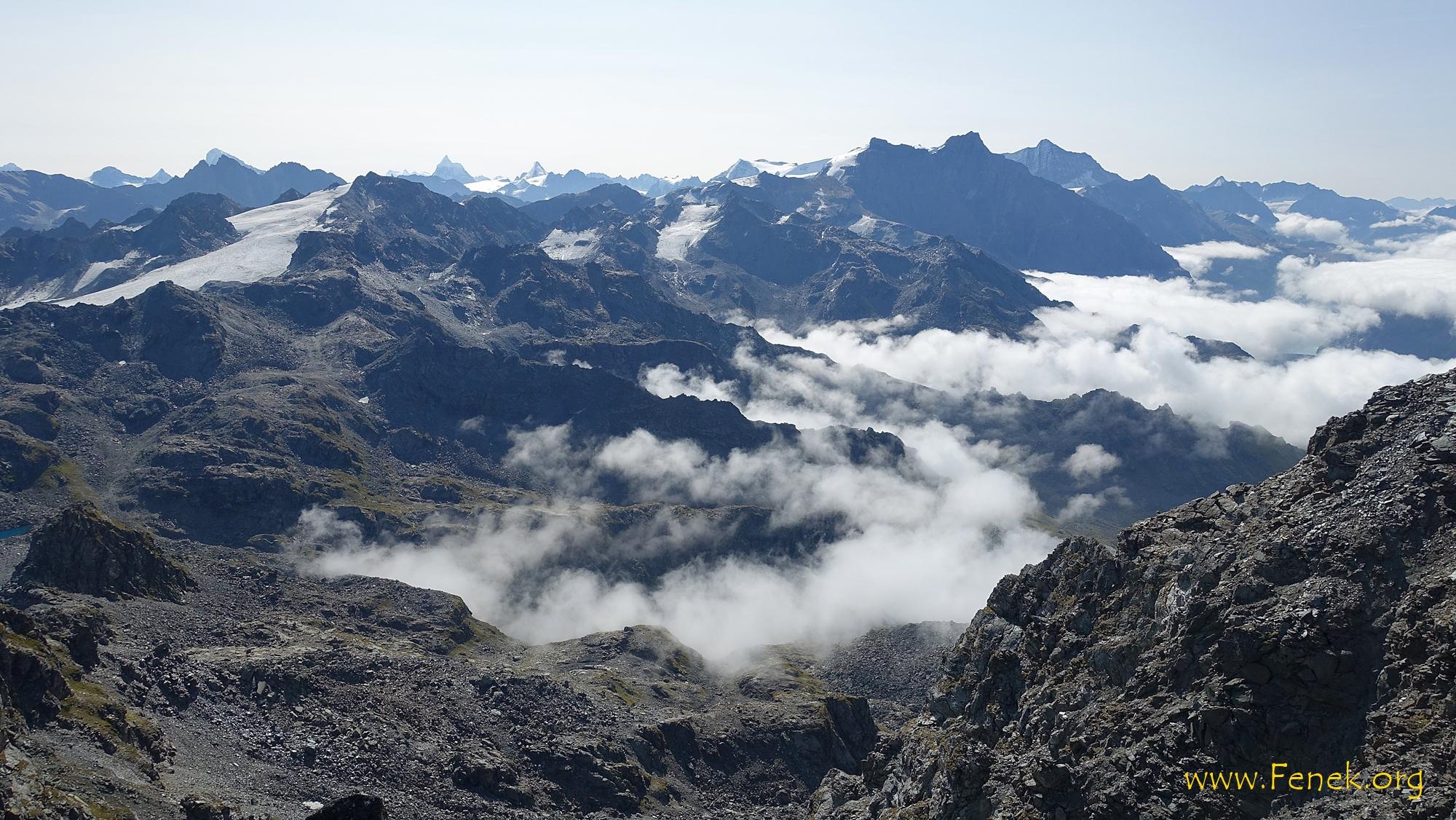 links Rosablanche mit Gletscher - hinten Walliser Viertausender