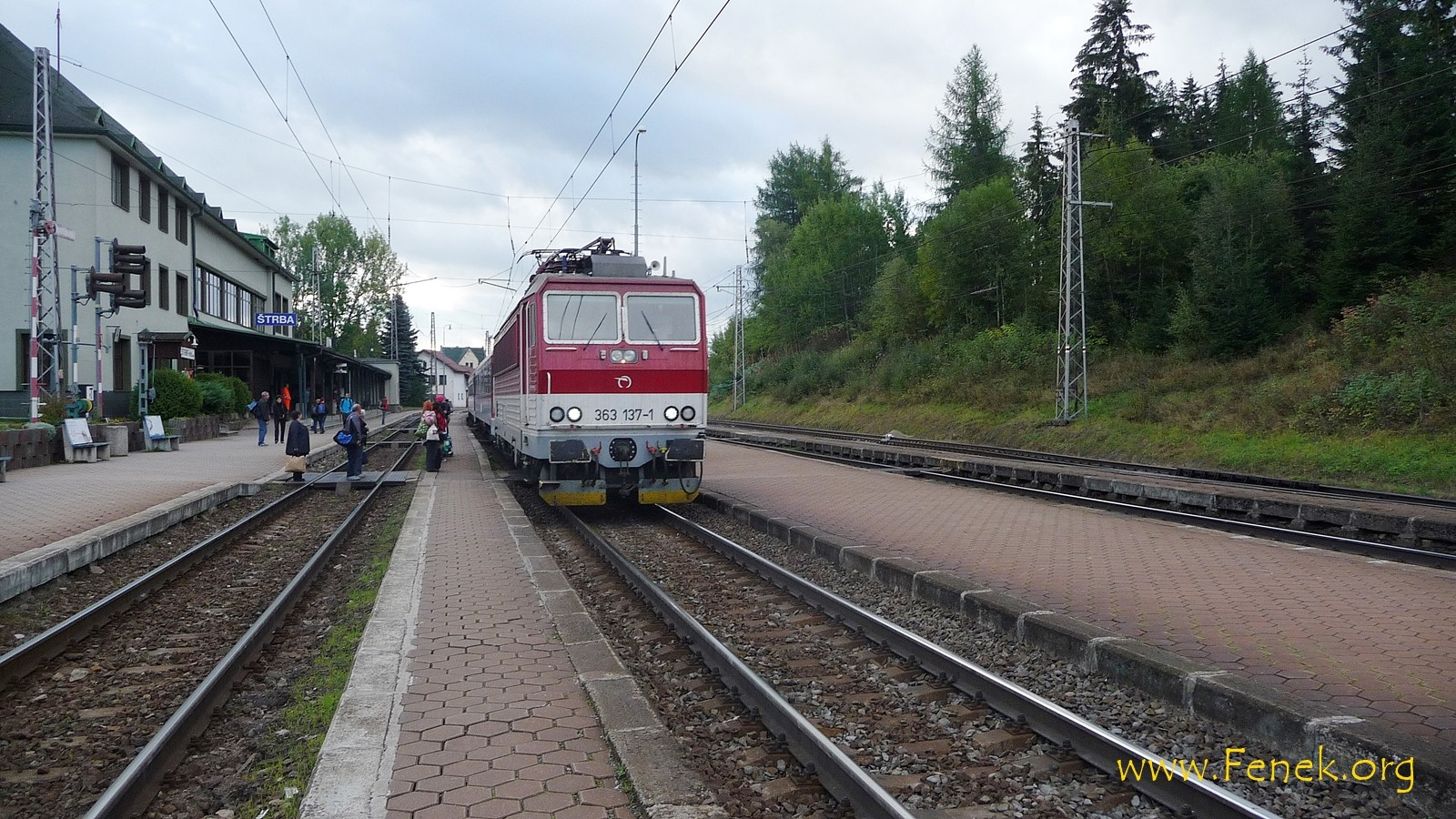 Bahnhof Strba