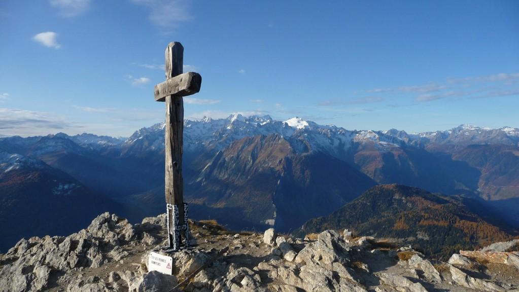 Gipfelkreuz Pierre Avoi