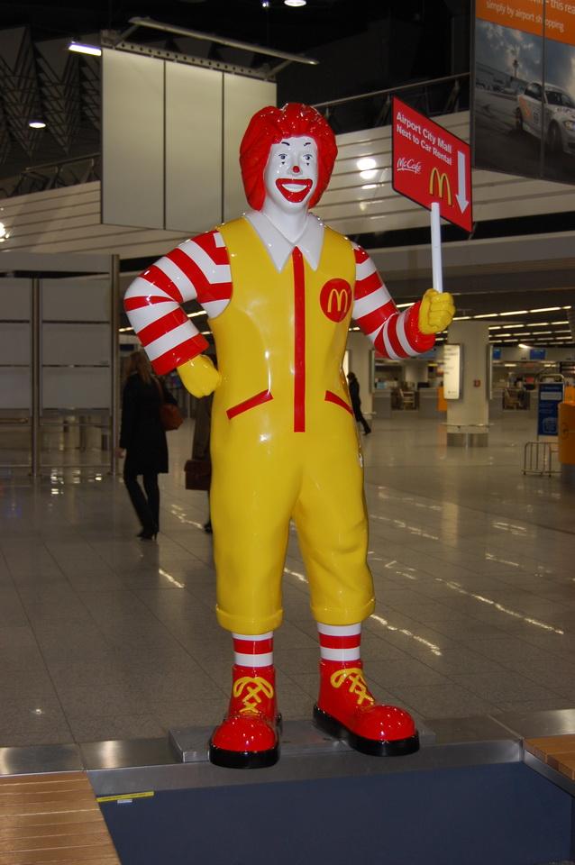 Ronald, Flughafen Frankfurt
