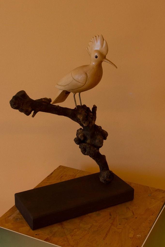 oiseau en bois sculpté: Huppe fasciée