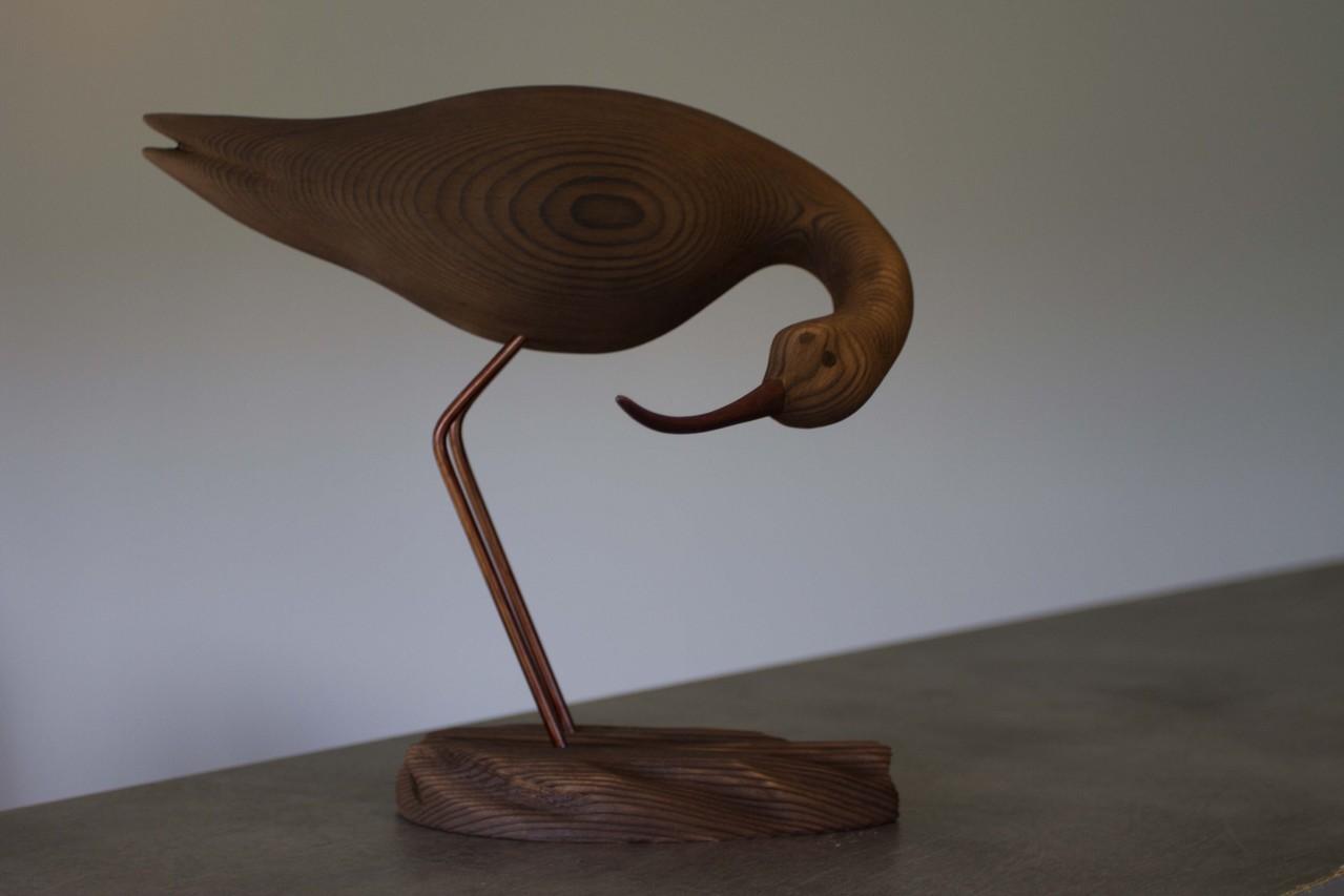 oiseau de bois: avocette cou tourné bas