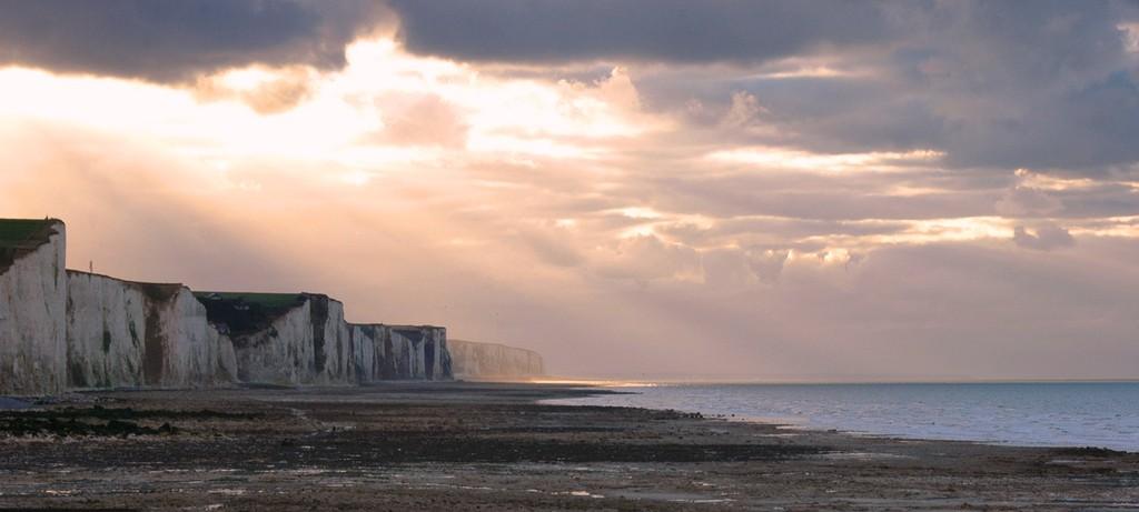 Variations de lumière sur les falaises d'Ault 2