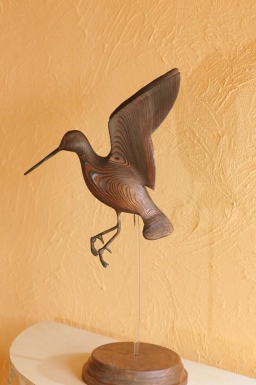 Sculpture de becassine à l'envol (Red Cedar) oiseau de bois