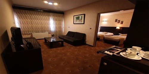 Four Star Hotel Parsian in Hamedan