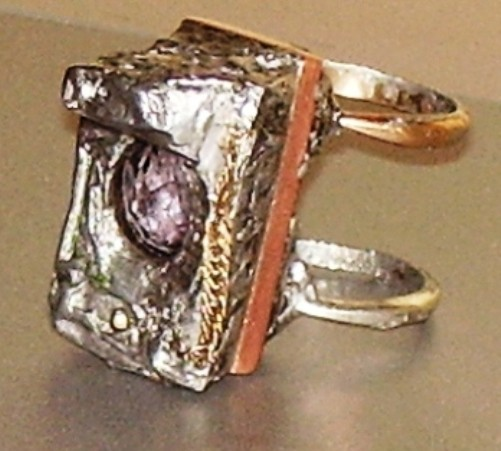 Contemplation of world and life,ring,gold,diamonds of the first water,alexandrite natural