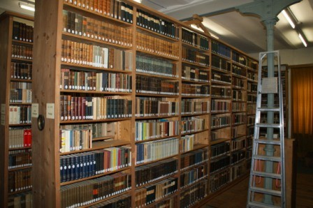 Die Bibliothek im Franziskanerkloster