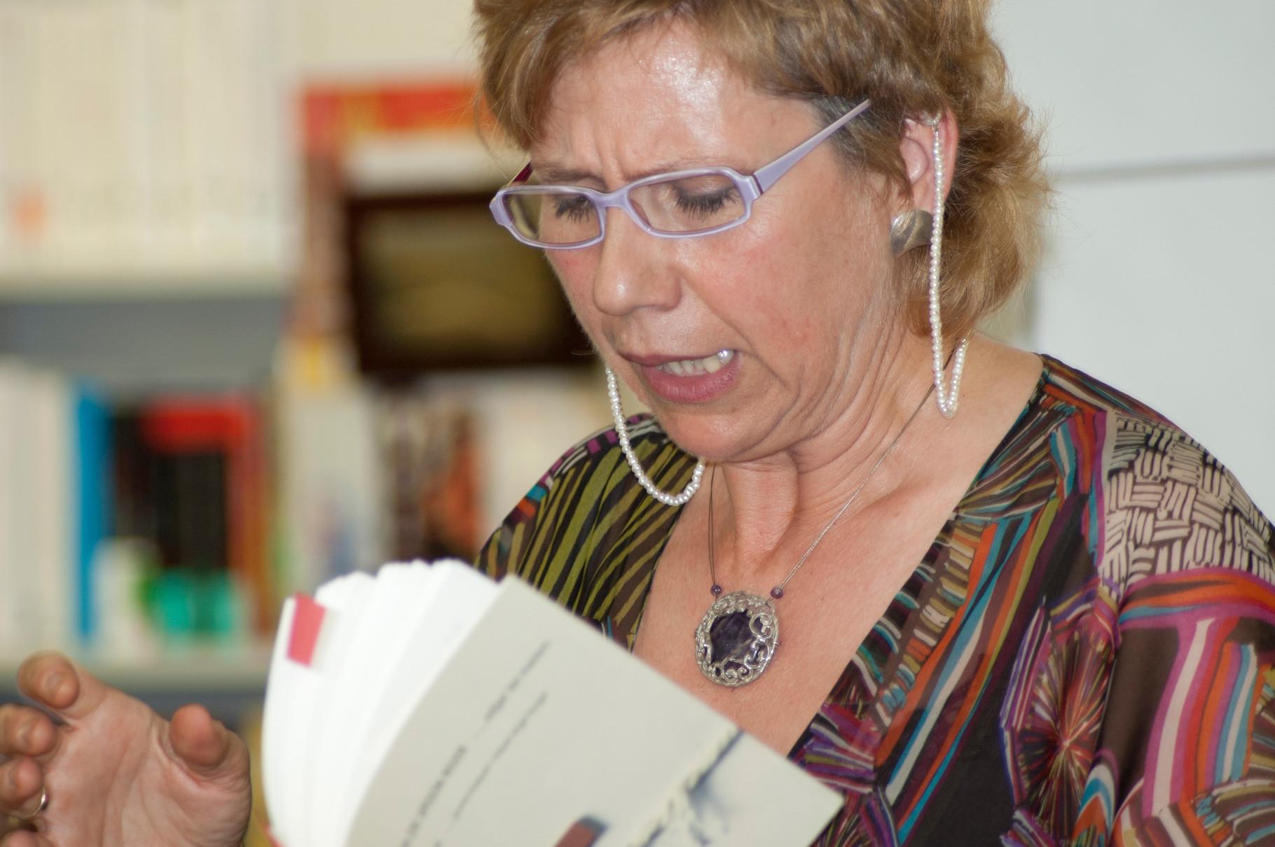 Núria Esponellà, que va presentar el llibre