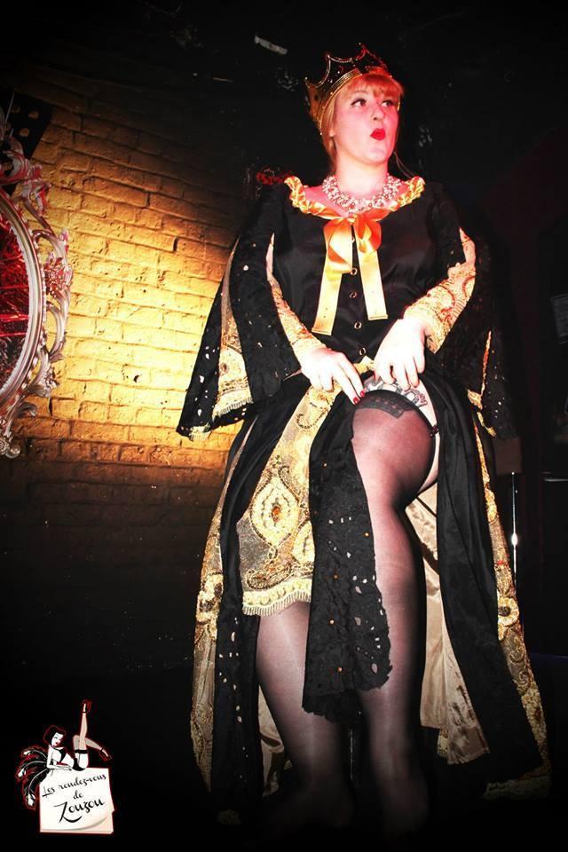 Peignoir, soutient, culotte et ceinture - Gloria Zsa Zsa Zsu
