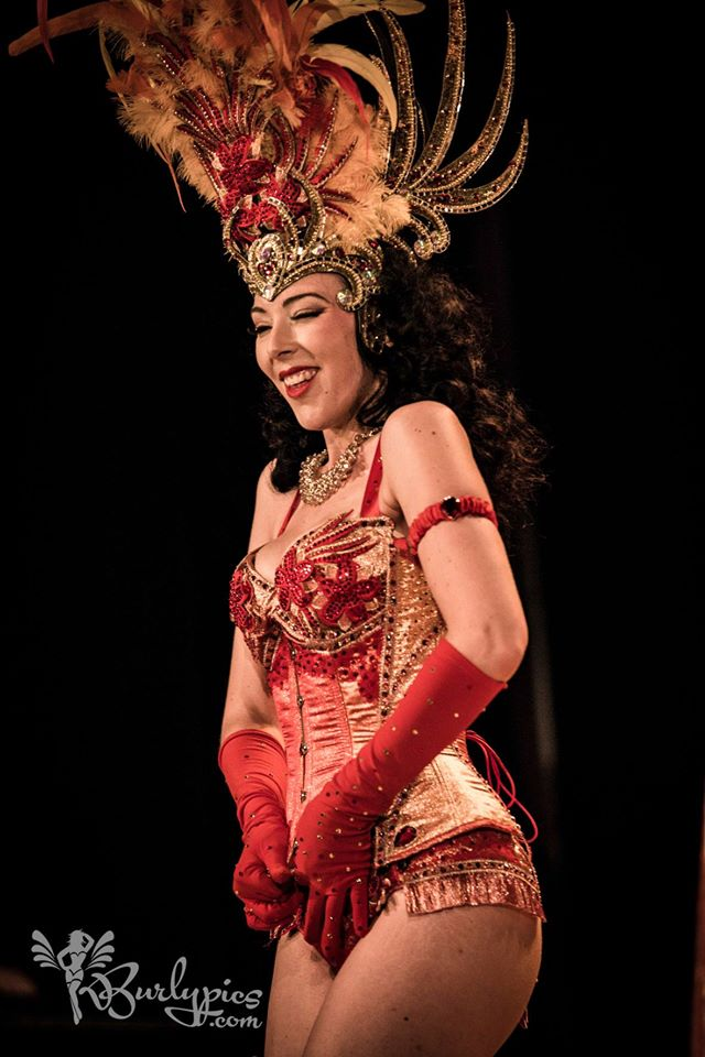 Costume de scène FIRE JUNGLE GODDESS - Ruby Colibri