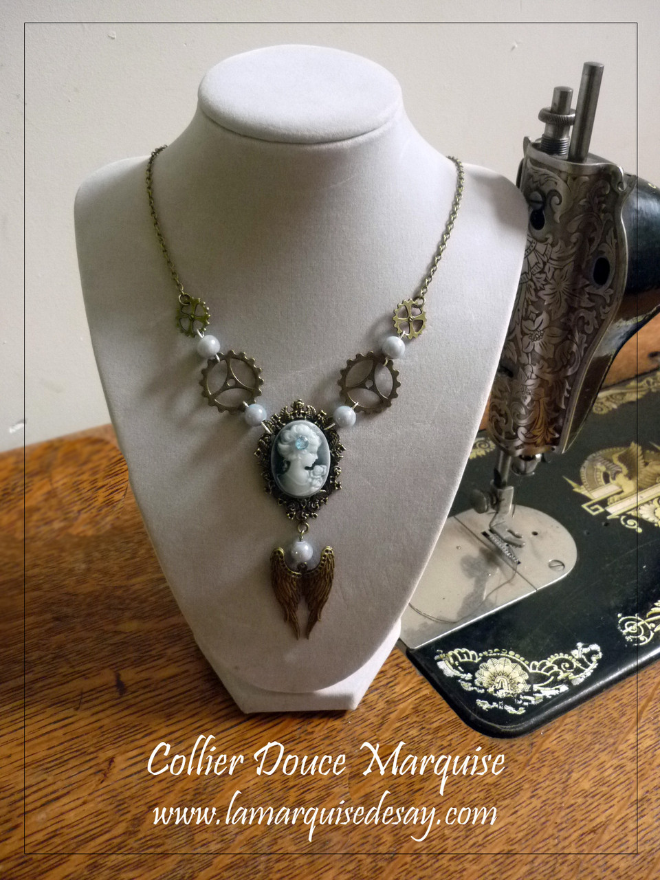 Collier Marquise bleue