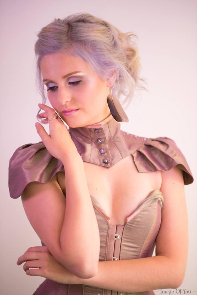 Corset et collier corset AMETHISTE