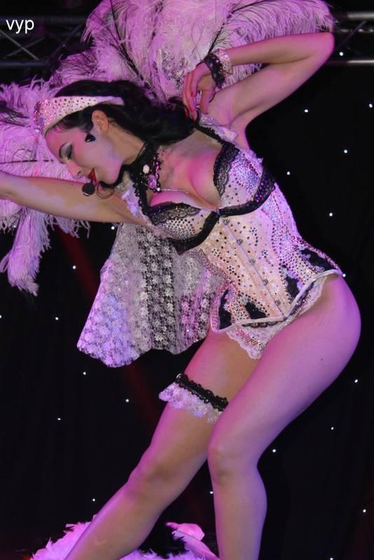Costume de scène LA CIGOGNE - Ruby Colibri