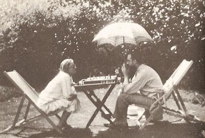 Marjorie und Lytton Strachey um 1928