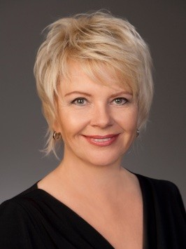 Katja Urani-Prause Portrait