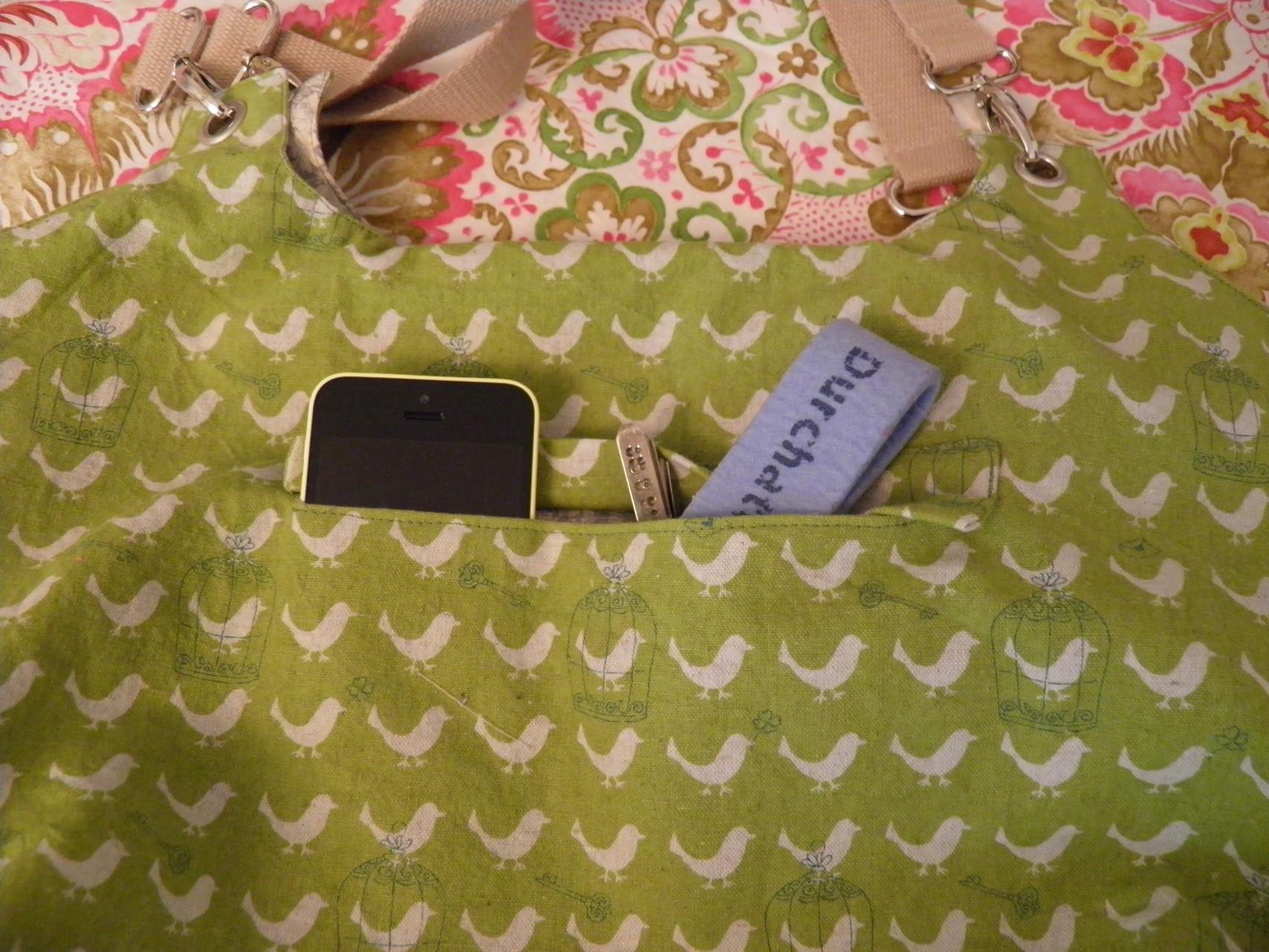 Verstecktes Handy- / Schlüsselfach