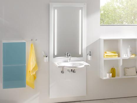Hewi Waschtisch und Spiegel verstellbar