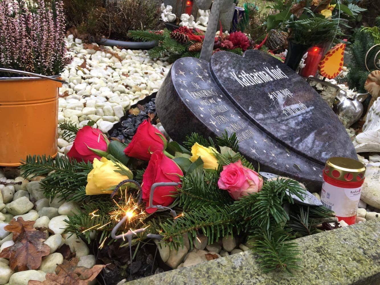 Grab vom 11.11.2017 ihr Geburtstag