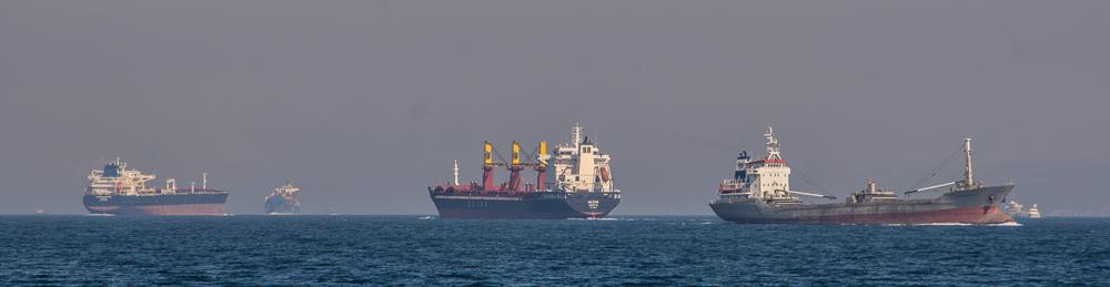 Schiffsverkehr in der Meerenge der Dardanellen