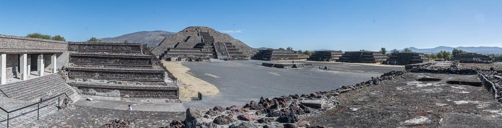 Die Mond Pyramide