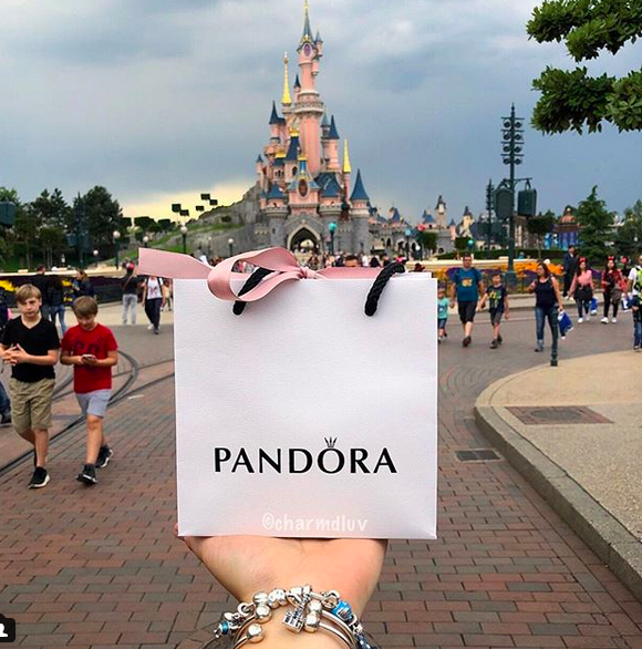 Pandorashopping @ Disneyland Paris - Official website from ...