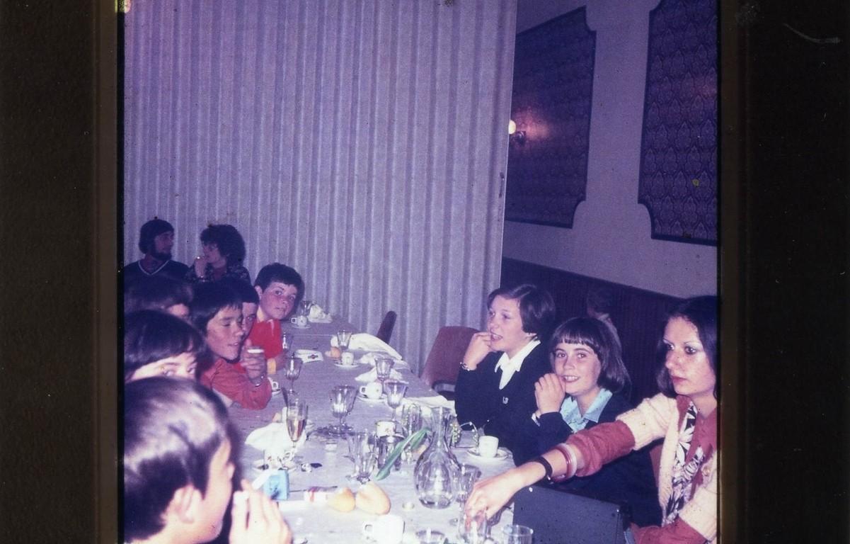 A gauche Didier, Franck, en face Sylvie, Véronique et Nicole