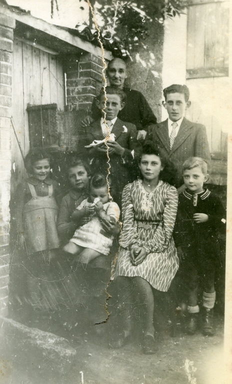 La grand mère Ménard et les sept premiers enfants