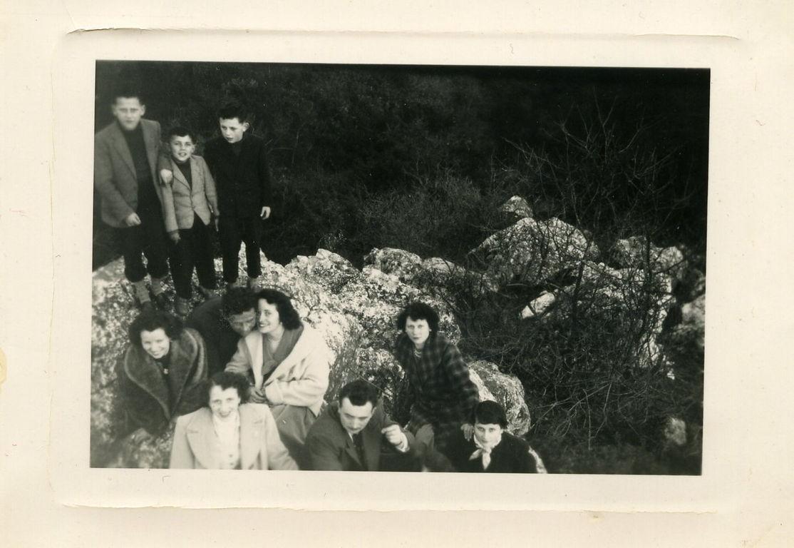 Les fiançailles à Bernard, sur les rochers de Pyrôme à Moulins