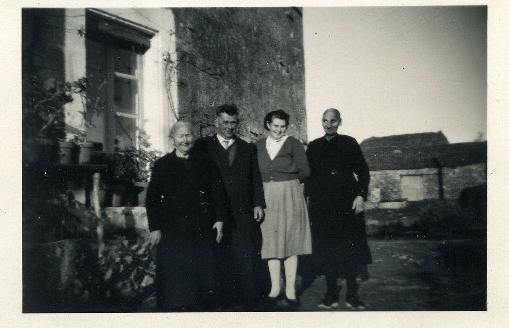 Papa et Maman avec les Grands Mères Retailleau et Ménard.