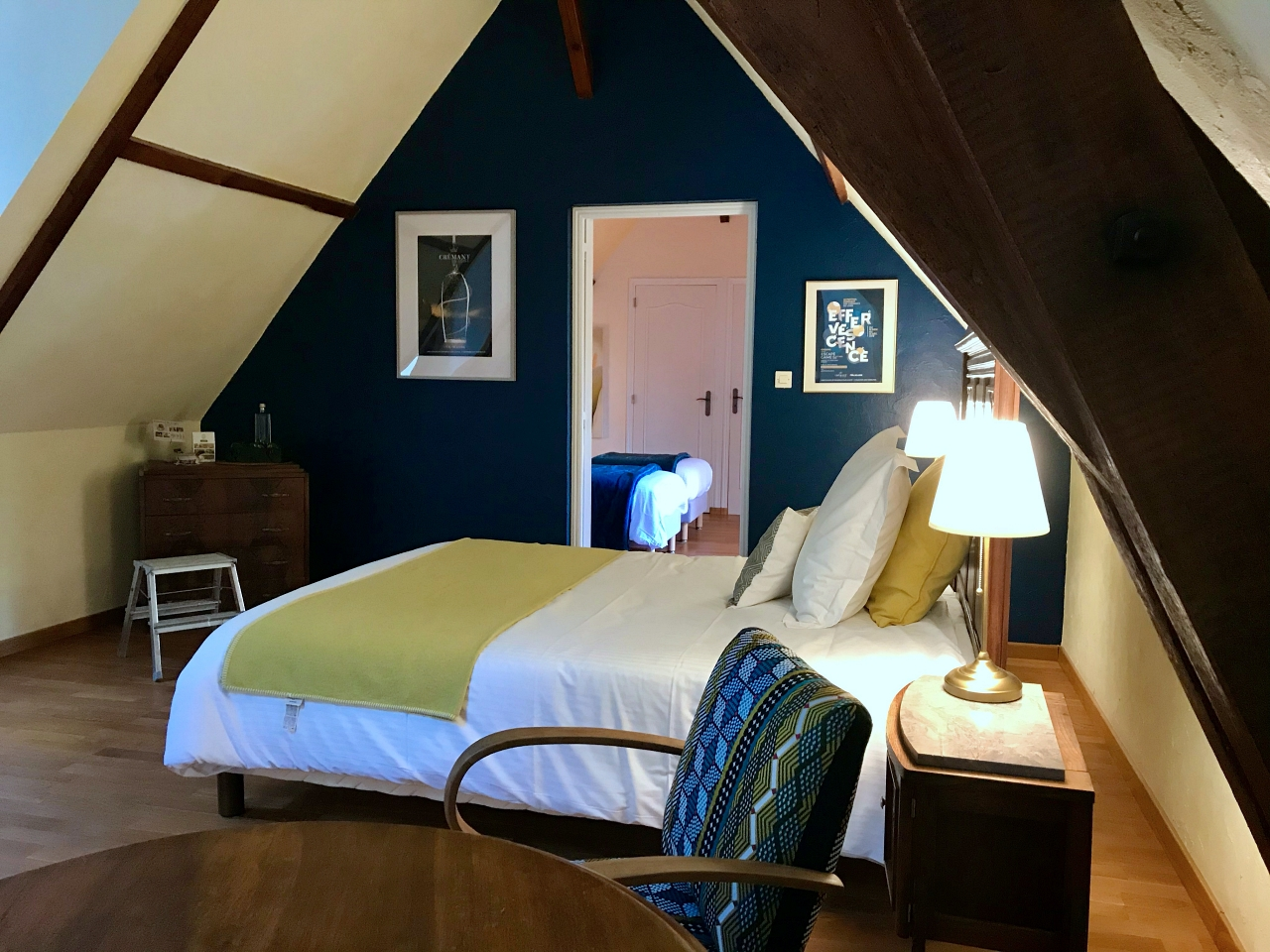 Family ensuite, bed and breakfast, loire valley, saumur, family room for 5