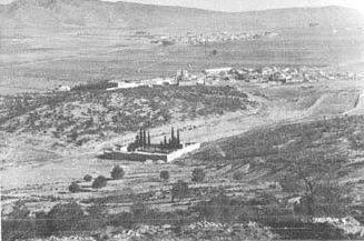 La localidad de Campo de Mirra con Benejama al fondo.