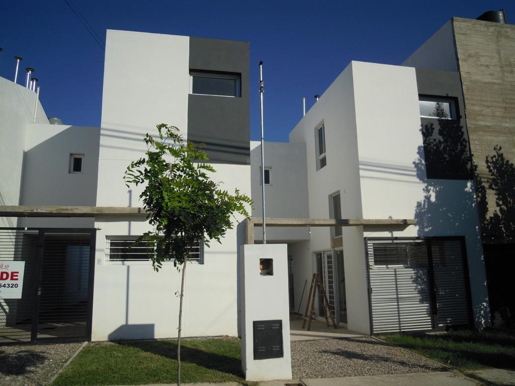 Duplex - B° Quebrada de las Rosas - Córdoba