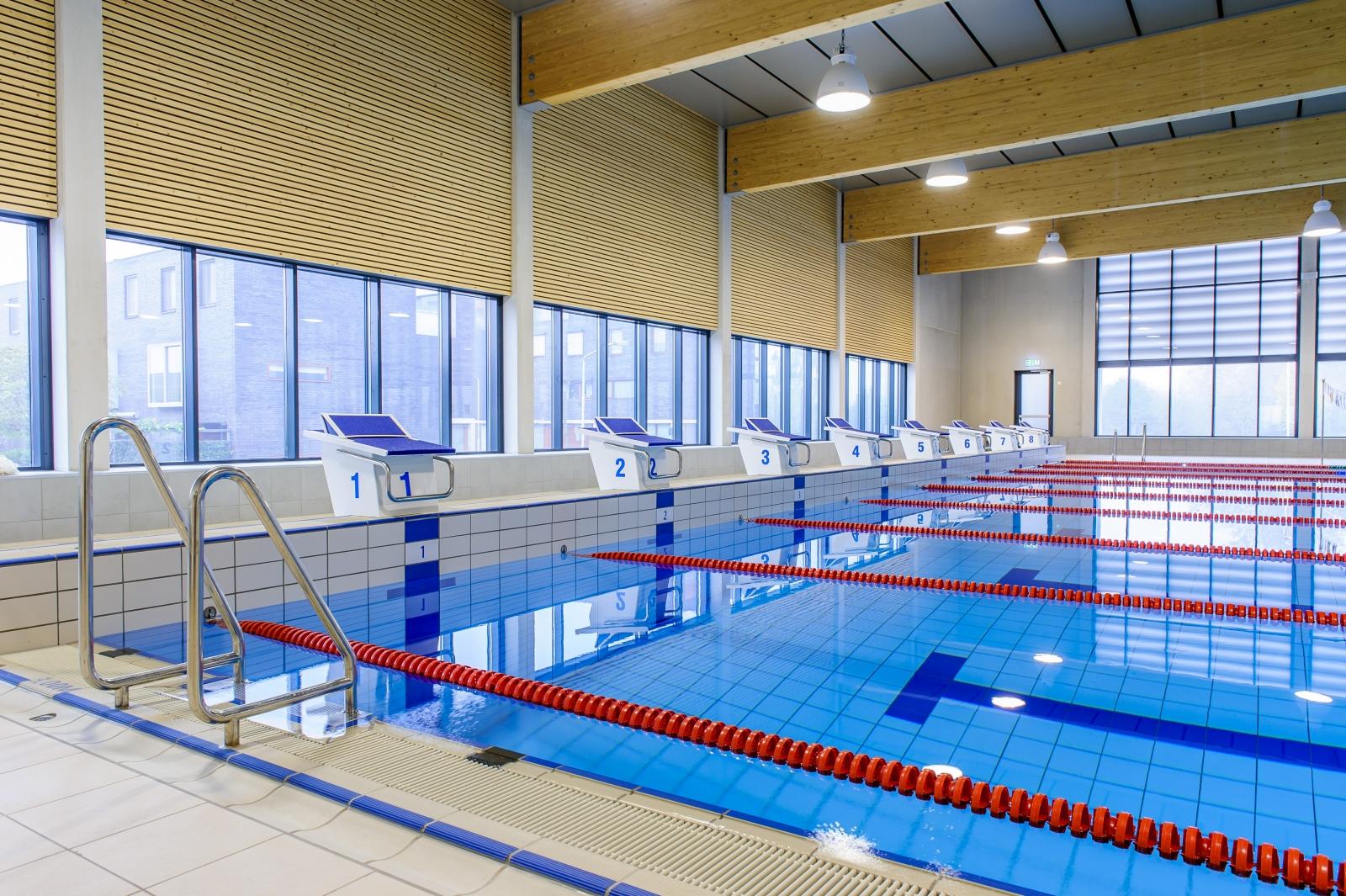 Motie OP toch uitgevoerd: zwembad eerder open