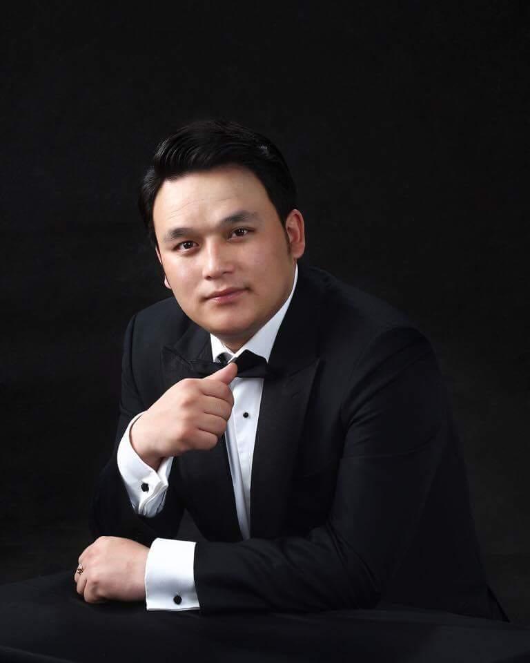 Badral Chuluunbaatar - baritono