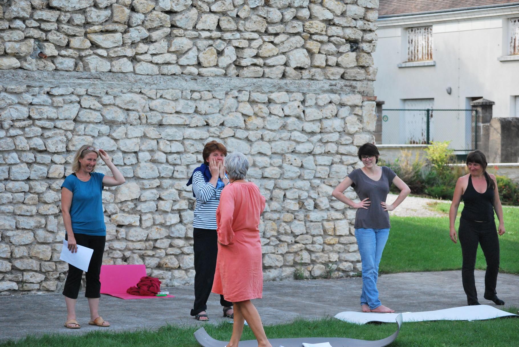 Avec Céline, Denise catastrophée, Julie et Delphine rieuses